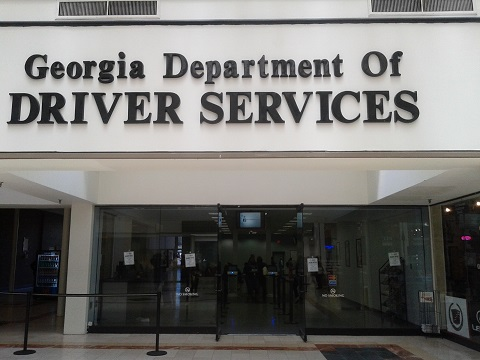 decatur al drivers license office hours